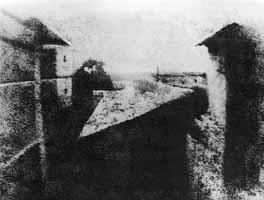La prima fotografia (Niépce) La prima immagine di Niépce.